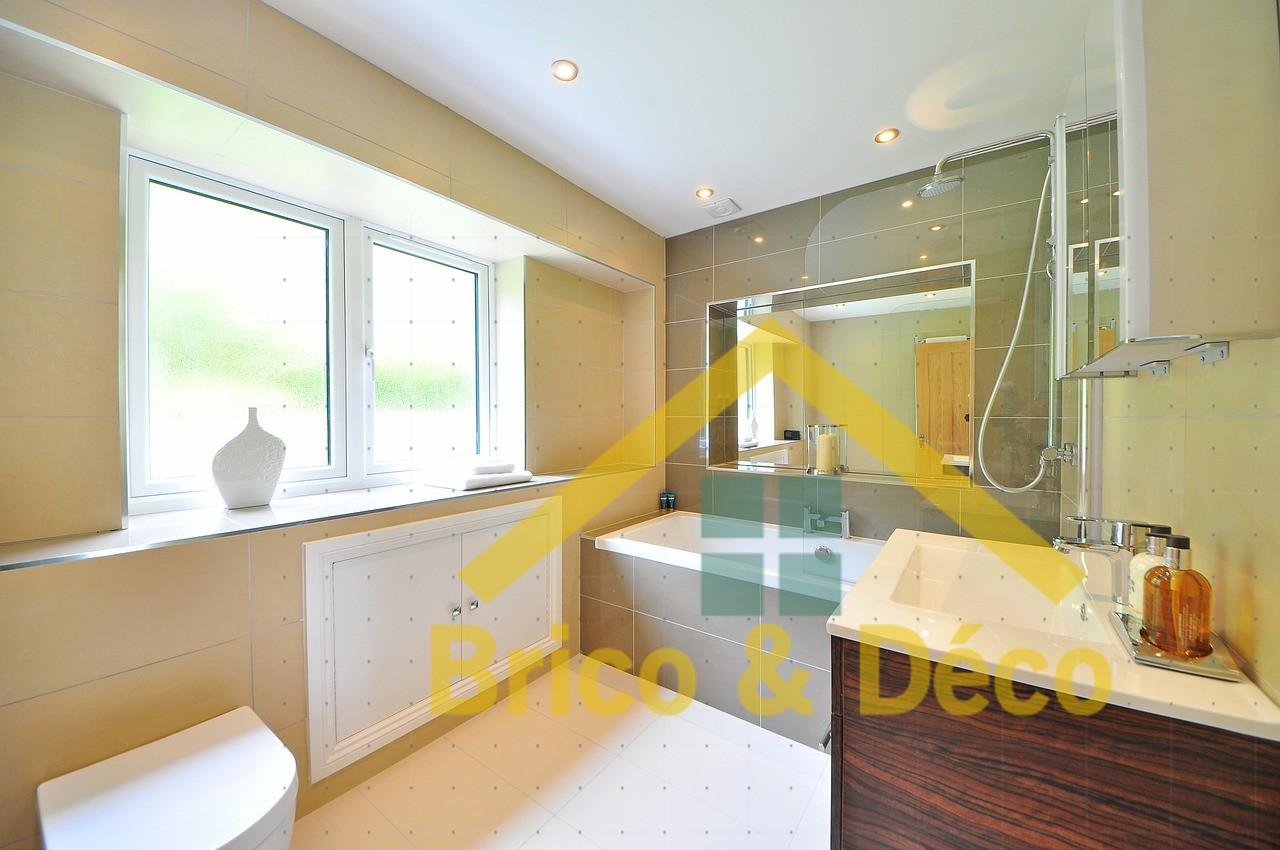 Comment transformer sa salle de bain en espace déco ?